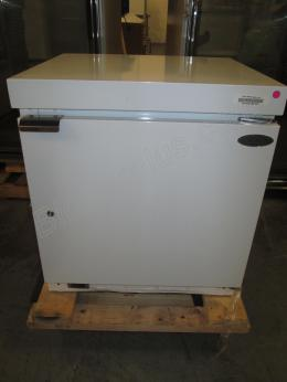 NORLAKE-Undercounter-Low-temperature-freezer
